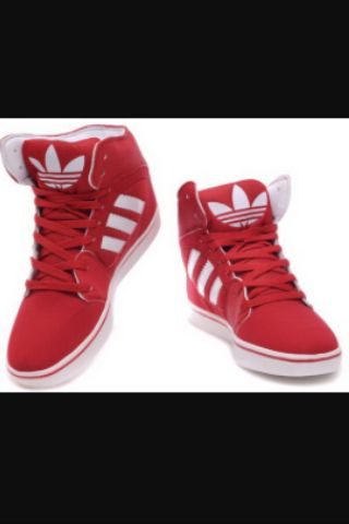 Red and white flawless Adidas shoes........clean!