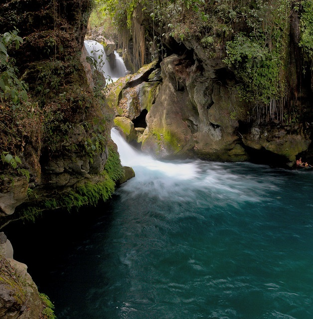 "A corner of the ""Puente de Dios"" waterfall at Tamasopo, San Luis Potosi"