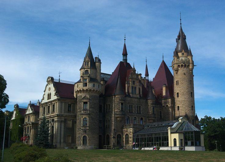 Moszna castle by Wodzionka81 on DeviantArt