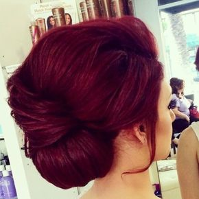 Red Burgundy Hair Color - this is the color of my dreams! It'll be mine...soon.
