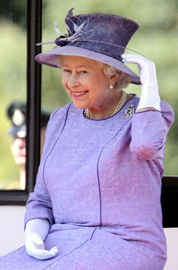 HM Queen Elizabeth II | This is one of the loveliest candid captures of HM! Look at the twinkle in her eyes!!