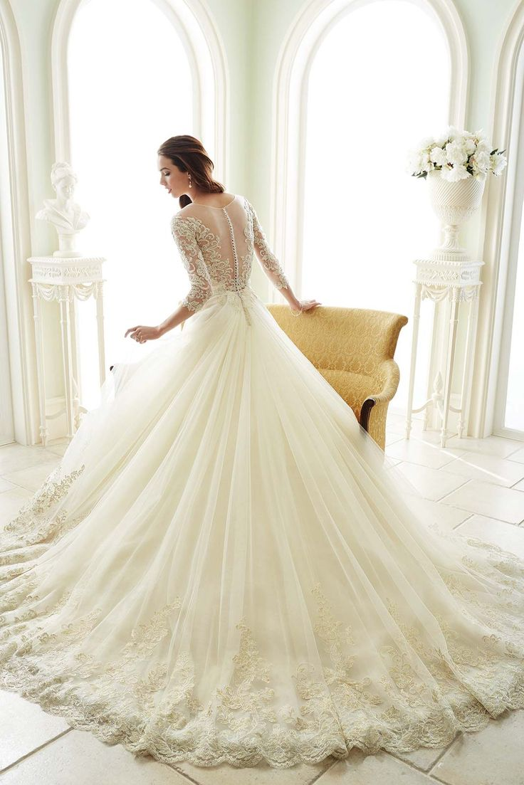 134 best Brautkleider Trend 2016/17 images on Pinterest | Wedding ...