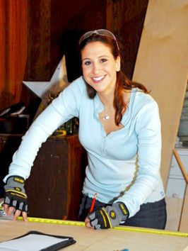 Carpenter Amy Wynn Pastor's foray into carpentry and construction began in college while working on her bachelor's degree in theater. At Penn State, she realized she preferred set design to acting.