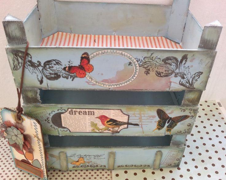 """Sharonscrap: Tutorial Estanteria cajas de fresas """"reciclando"""""""