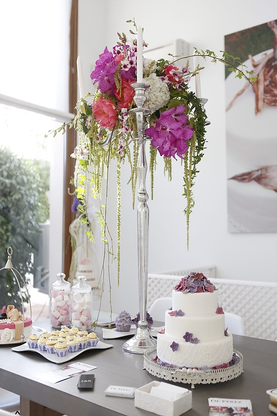 caprichia.com Weddings & Occasions: Sweet corner in our showroom & design studio in Marbella. Photography by Nani de Perez. Flowers by L&N Floral Design.