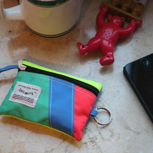CBB Daily Pocket 01 neon