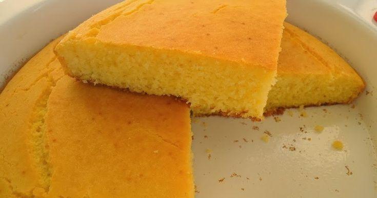 Gerçektende yumoş bir mısır ekmeği. Ekmeğin yapısı kek gibi. Resimde gördüğünüz parça anında tadım olarak yenildi. Aslında deneme amaçl...