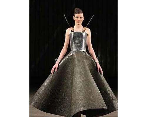 Google Afbeeldingen resultaat voor http://conceptrends.com/wp-content/uploads/2008/06/iron_fashion1.jpeg