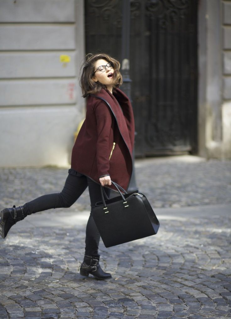 Who says spring should be all about the florals?  http://lauramusuroaea.com/spring-burgundy/