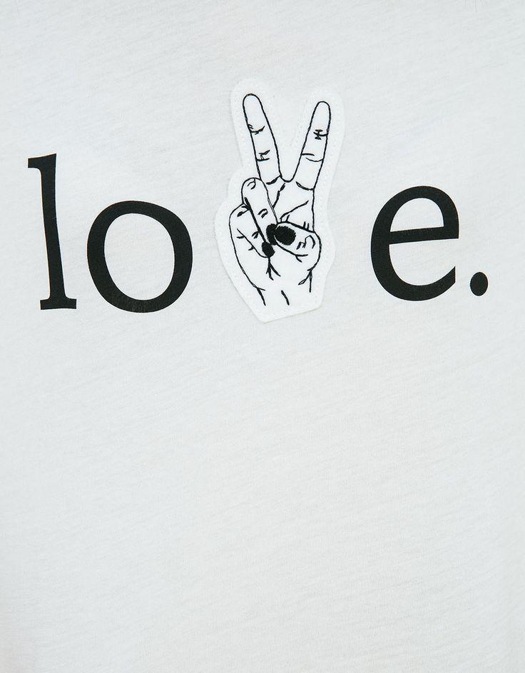 Camiseta parche love - Estampadas - Bershka Mexico