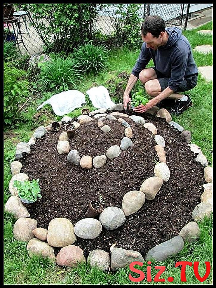 15 Admirable And Creative Diy Spiral Garden Decor Ideas Admirable Creative Decor Diy G