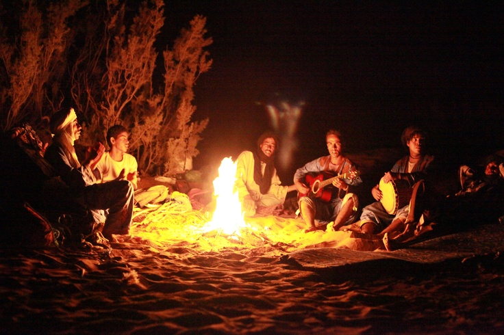 Camp fire songs in the Sahara