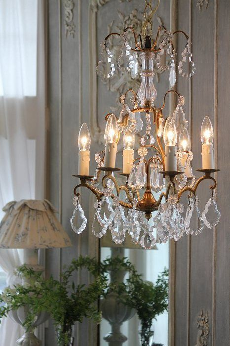 French antique chandelier for my dressing room - 400 Best Chandeliers Antique, Classic & Traditional ♔ Images On