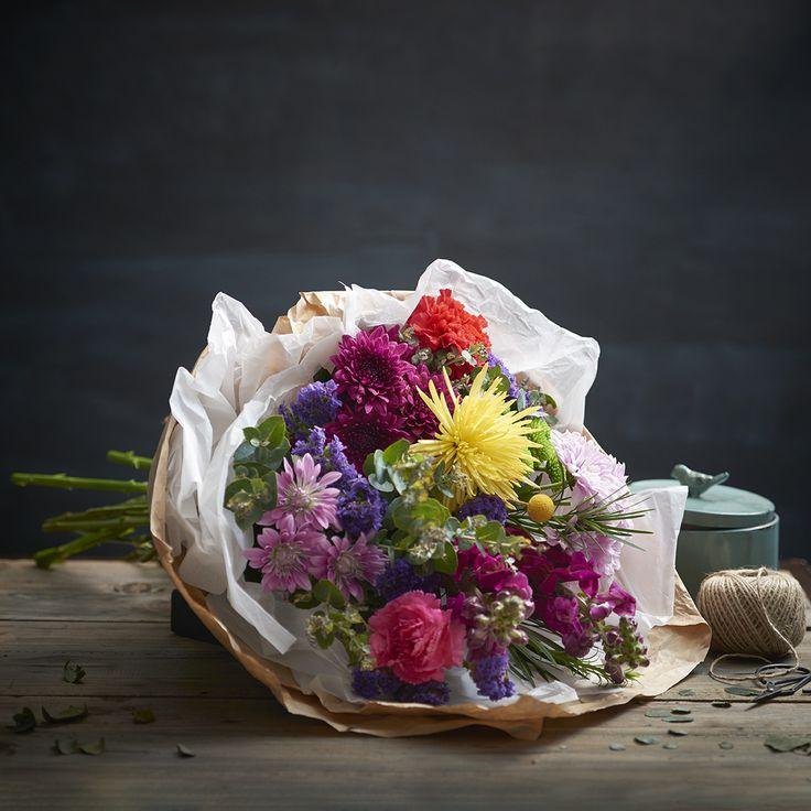 Natural Elegance Bright Sheath of Flowers