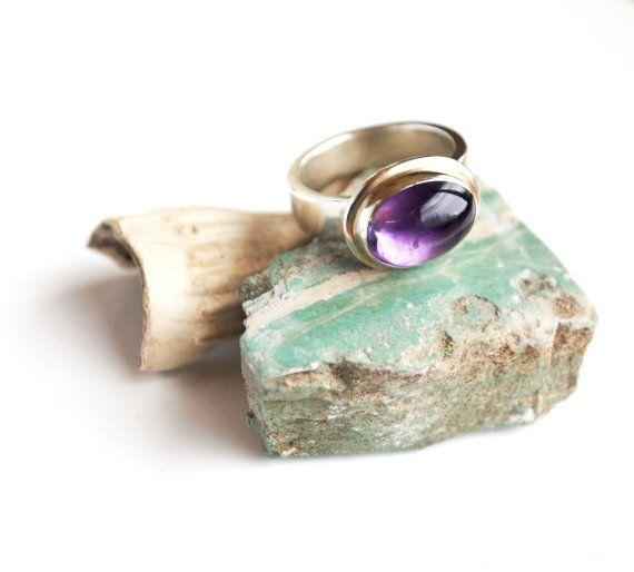 Amethsyt Ring.  Amethyst and Sterling Silver by GlacierJewellery