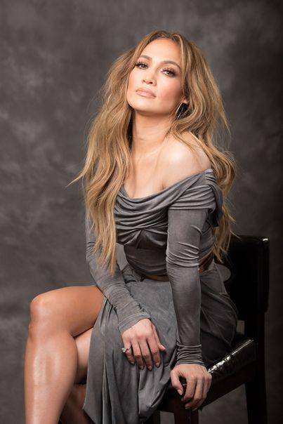 a9f61565148ba7 Pin by Michelle on Jennifer Lopez in 2019   Jennifer lopez, Jennifer lopez  outfits, Jennifer lopez photos