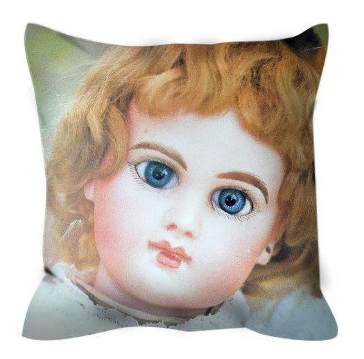 Cuscino bambola. Antica bambola . Stampa di bamboleantiche su Etsy