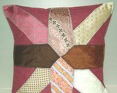 Ähnliche Artikel wie Riesige Verkauf gesteppte Krawatte Kissen - Memory Kommission - Retro klassische traditionelle - handgefertigte Kissen-18 X18 46 x 46 cm auf Etsy