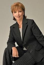 Nora Roberts my all time favorite writer!!