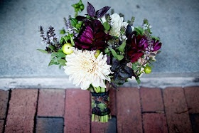 tying the knot {a wedding inspiration blog}: Texturized Bouquets in Plum and Pink
