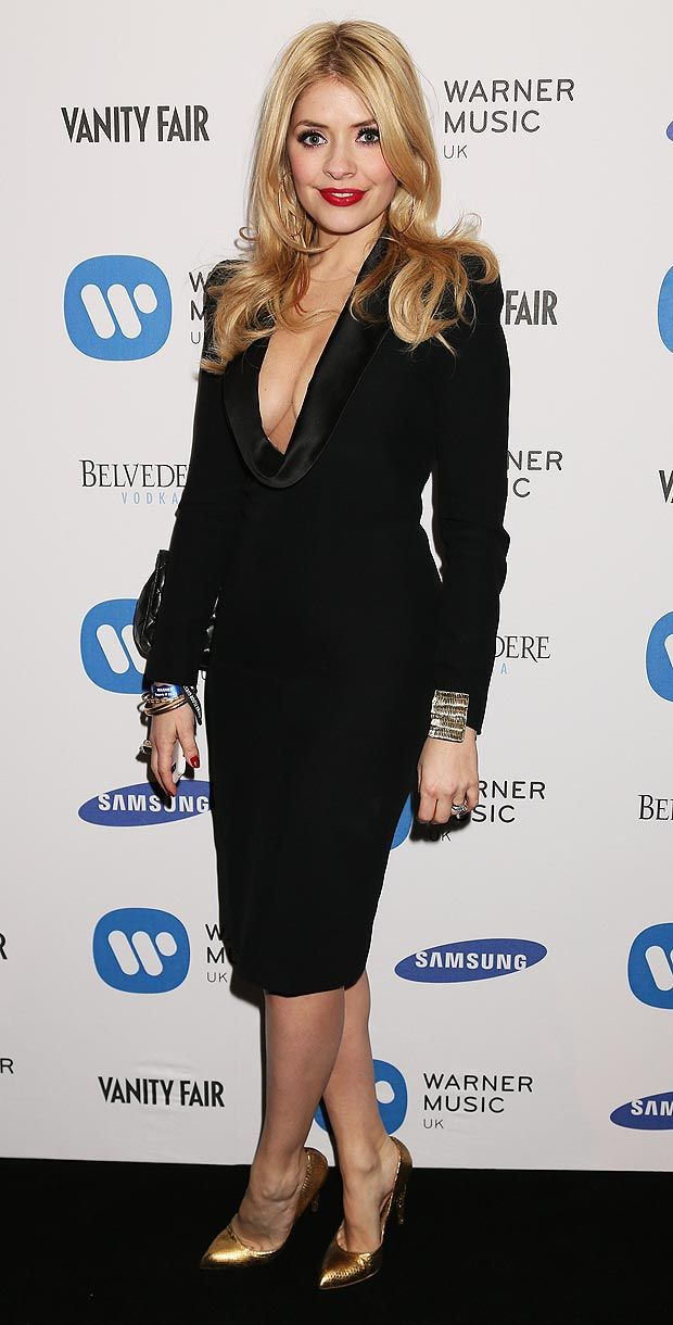 Holly_Willoughby__1677480a.jpg (620×1220)
