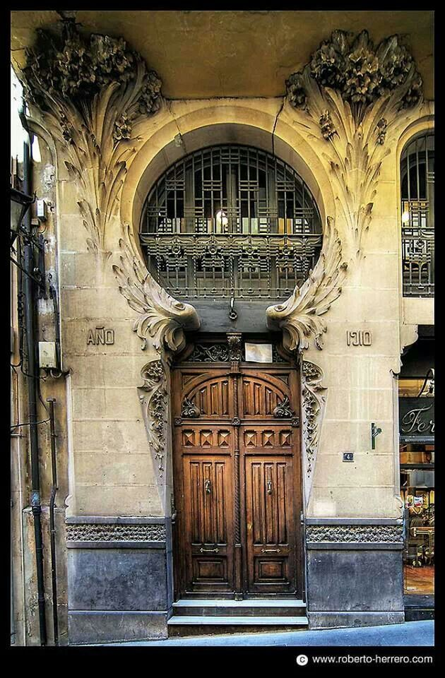 Porta de madeira,  Teruel Espanha,