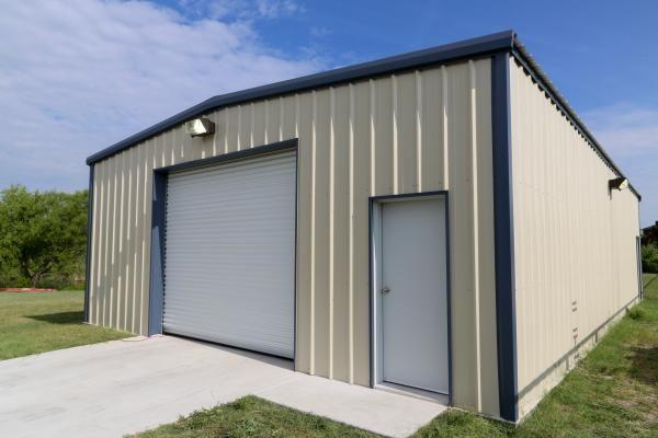 Standard Series Metal Building Kit Photos Mueller Inc In 2020 Metal Building Kits Metal Buildings Metal Garage Buildings
