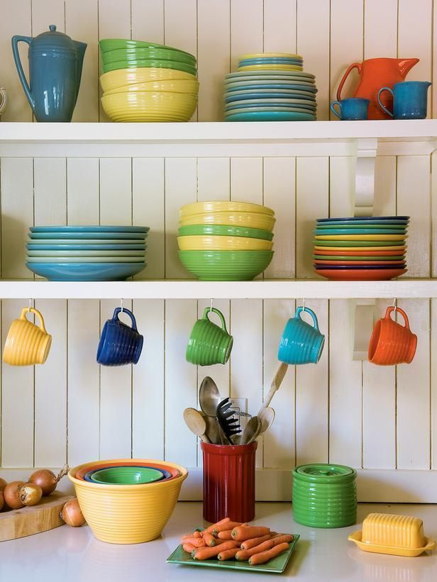 OPEN SHELVING - perfect for Fiesta