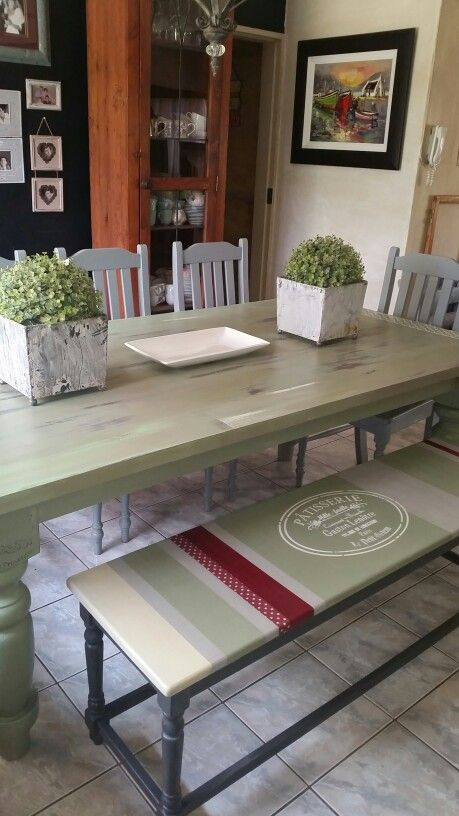 Dining room furniture - shabby chic