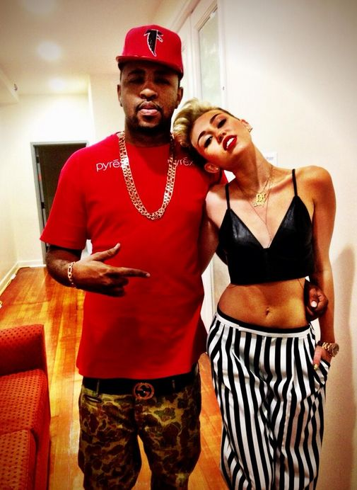 Miley Cyrus Hooking Up With Mike WiLL Made It ?!?! (JOSALYNMONET.com)