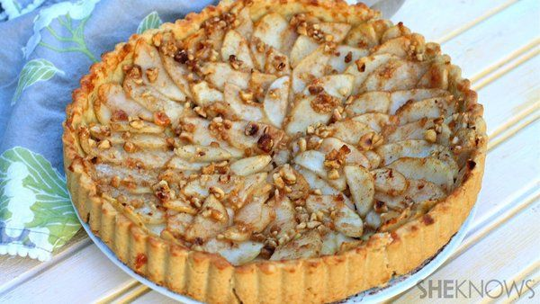 Your new favorite seasonal treat is this gluten-free pear, honey and hazelnut tart