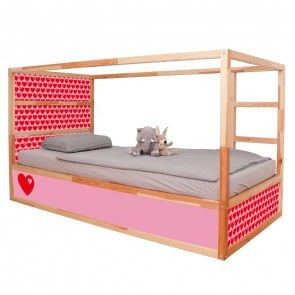 Dieser IKEA KURA Hack ist kinderleicht. Das Hochbett kannst du im nu mit diesen tollen Klebefolien von Limmaland pimpen. In 11 verschiedenen Muster und Farbvarianten findest du alles hier www.limmaland.com  Jetzt dein Kinderbett Möbelfolien umgestalten.
