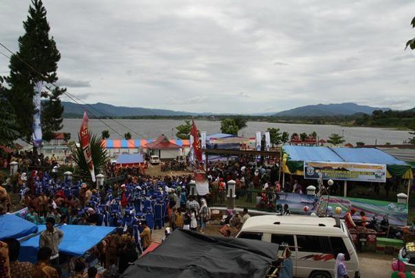 Jambi, Festival Masyarakat Jambi: Wisata Alam Danau Kerinci