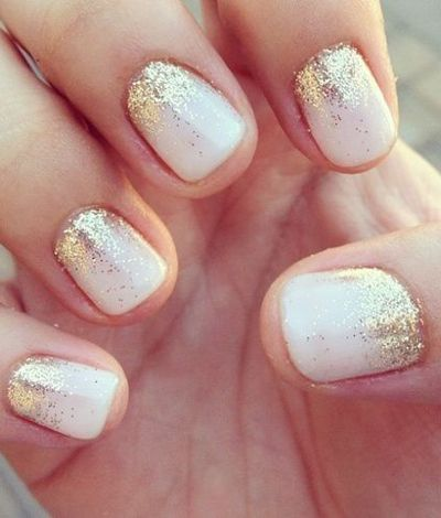 34 Festive Holiday Manicures That Aren't Hideously Tacky - The Frisky