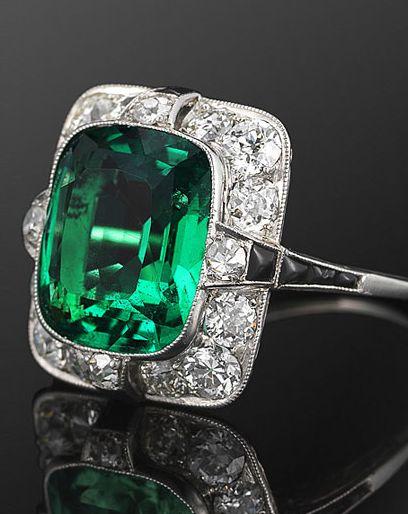 Fred Leighton Art Deco Emerald and Diamond Ring