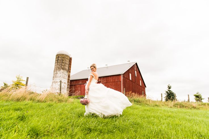 Beautiful photo of our vintage barn @ Cambium Farms featured in Weddingstar Magazine.  Creative Production & Styling: Prelude to a Kiss Wedding Stylists & PK Social Events Photography: MugshotsPhotography.ca Dress: Ines Di Santo Makeup: Heather Snowie - Makeup Artist Hair: Sylvie Prud'homme from The Loft - Toronto