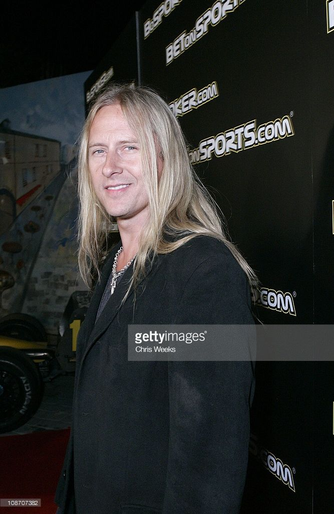 Jerry Cantrell. That smile!