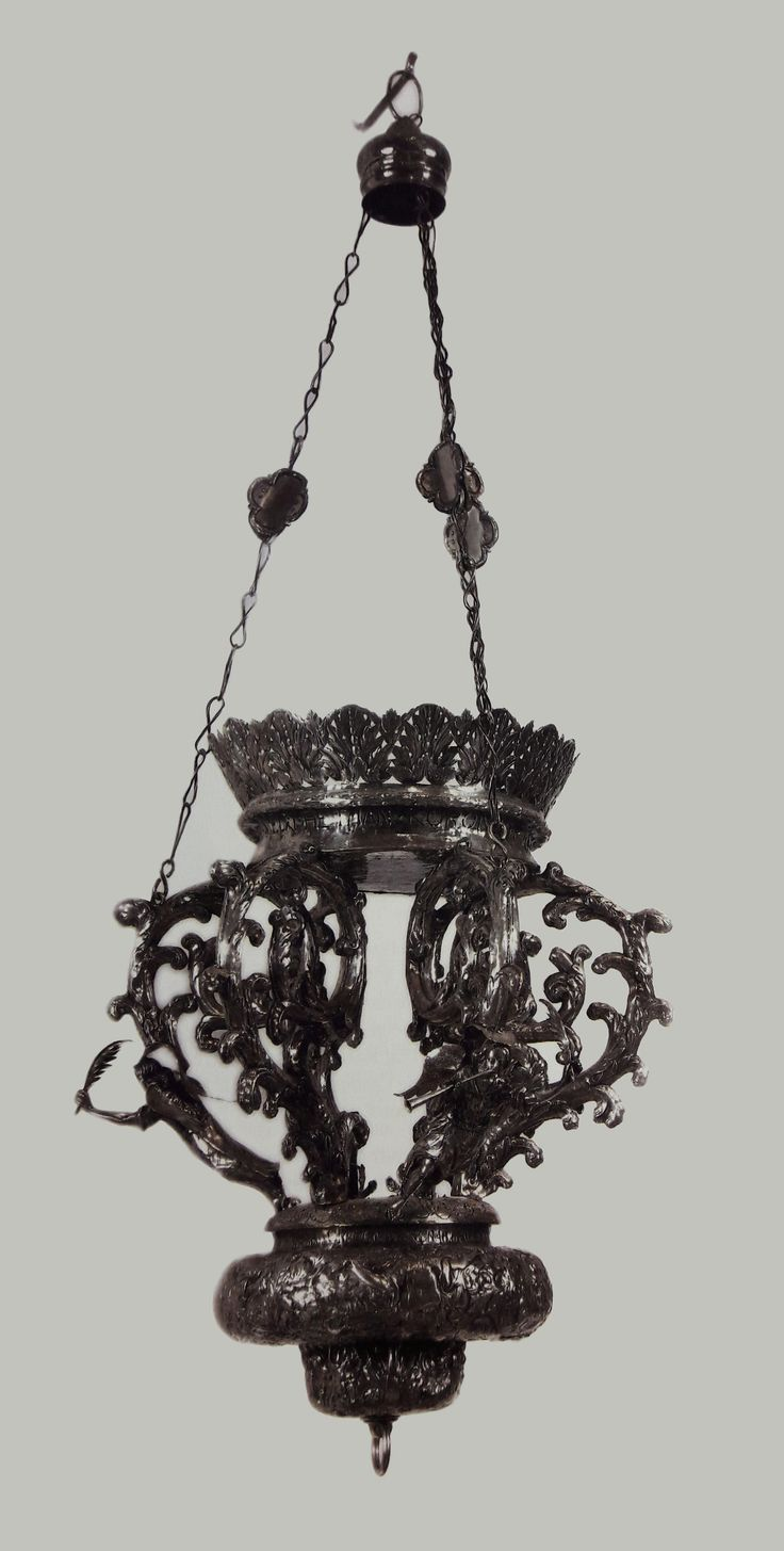 Silver sanctuary lamp by Gergen Schneider in Gdańsk, 1667, Klasztor Paulinów na Jasnej Górze, offered in 1669 by Jan Sobieski and Marie Casimire as an ex-voto to the Chapel of the Virgin Mary at Jasna Góra