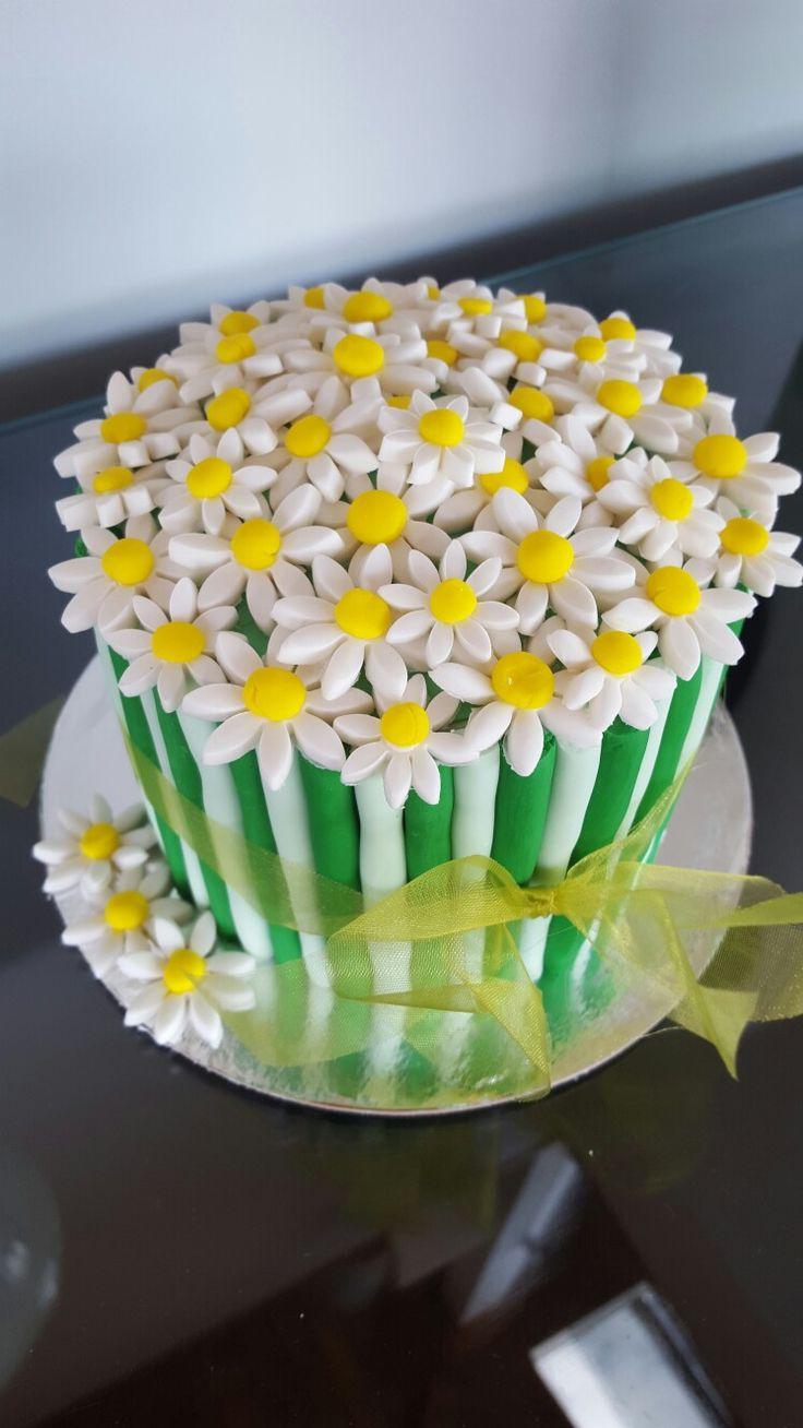 Daisy cake #1