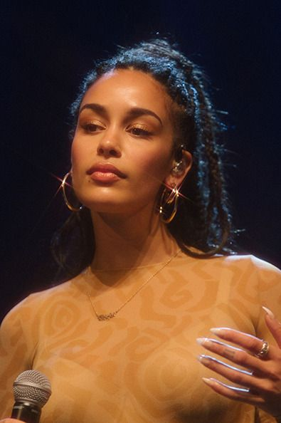 jorjasource Jorja Smith performing at The Howard Theatre in Washington DC May 13 2018