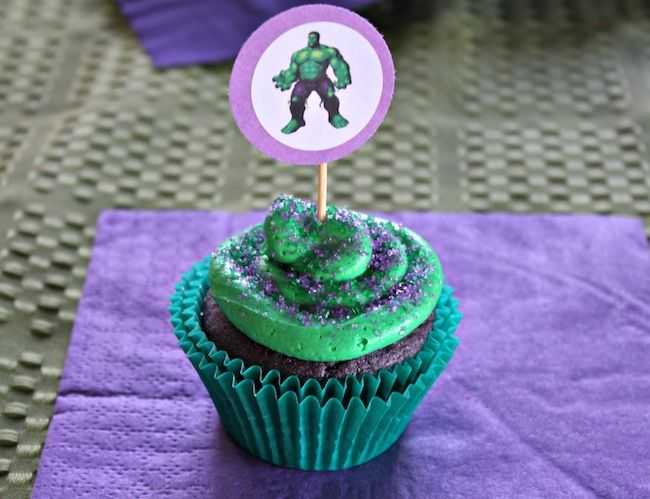 FOOD - Idea Hulk Cupcakes: Buy toppers. Ask My Little Cupcake if can do