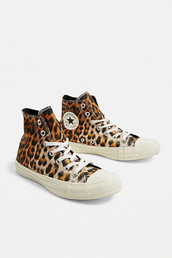 adb40976cbe6 Converse All Star Chuck Taylor Leopard Print High Top Trainers in ...
