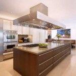 Дизайн кухни с островом
