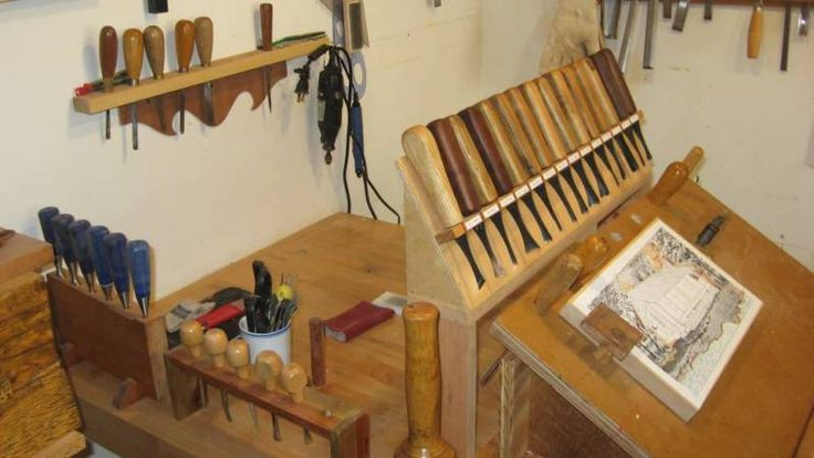 Poor Man S Carving Vise Google Search Carving Tools