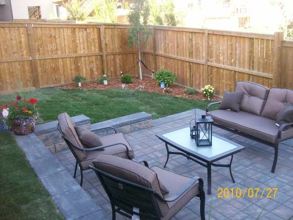 Small backyard idea backyard pinterest small patio for Back garden patio ideas