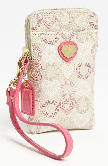 Heart Print Phone Case // COACH- what I want for valentines day! Just saying ;)