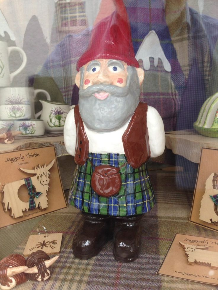 Image result for jaggedy thistle MacGnome / Scottish Gnome / Gnome