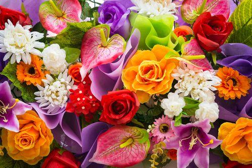 Γιατί τα λουλούδια είναι η καλύτερη χρωματική έμπνευση - http://ipop.gr/themata/frontizw/giati-ta-louloudia-ine-i-kaliteri-chromatiki-empnefsi/