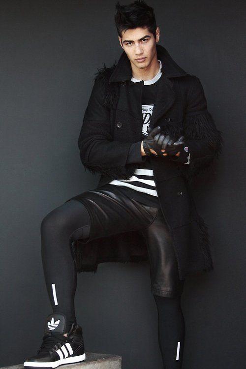 Men's black and white casual fashion