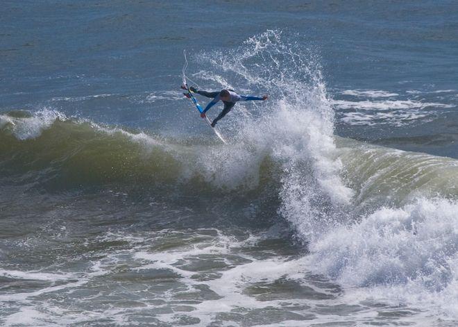 CRAZY SURFER - PRE HURRICANE LESLIE